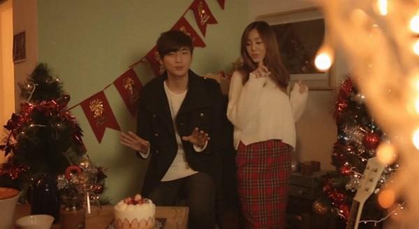 B2ST, 4Minute, A Pink, G.Na... quây quần trong MV Giáng sinh 8