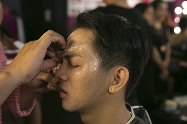 """Hoài Lâm say xỉn tại """"Gương mặt thân quen"""" 5"""