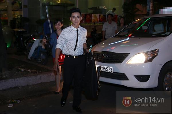 Mr. Đàm lẳng lặng đến cổ vũ đêm nhạc của Hoài Lâm 5