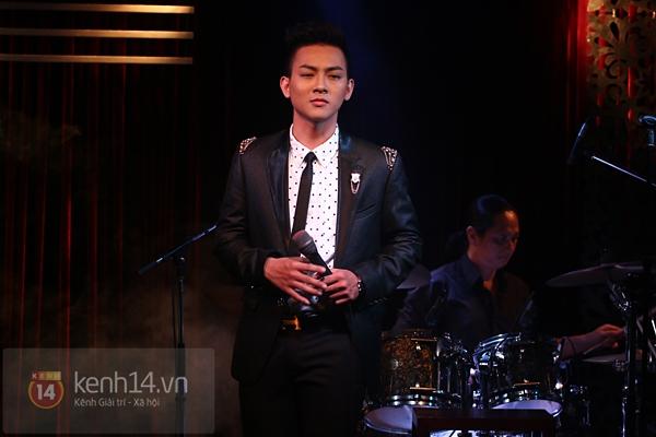 Mr. Đàm lẳng lặng đến cổ vũ đêm nhạc của Hoài Lâm 10