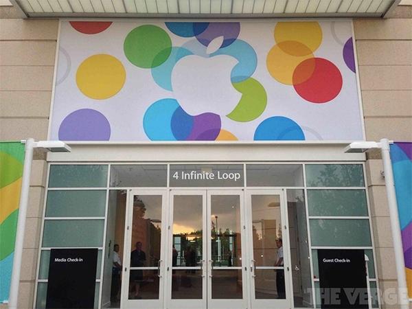 """Toàn cảnh buổi ra mắt """"sản phẩm hot nhất năm"""" iPhone 5s và iPhone 5c 1"""