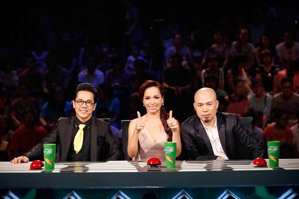 Giọng ca 10 tuổi gây bão tại Chung kết 2 Vietnam's Got Talent 1