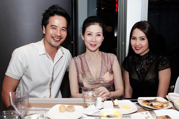 Cựu diễn viên Diễm Hương bất ngờ tái xuất 4