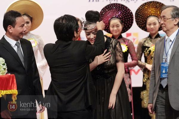 Lý Nhã Kỳ trở thành Đại sứ Nữ hoàng trang sức Việt Nam 3