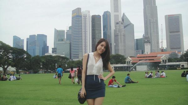 Cận cảnh nhan sắc của em gái Hoa hậu Thùy Lâm 10