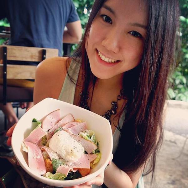 Cận cảnh nhan sắc của em gái Hoa hậu Thùy Lâm 3