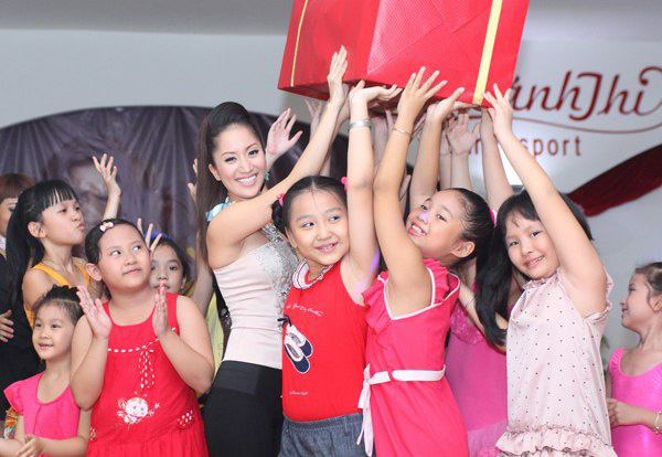 Những sao Việt thầm lặng làm nghề giáo 1