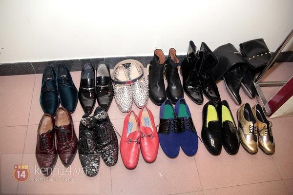 Đàm Vĩnh Hưng thay 8 bộ quần áo, 12 đôi giày đón Giáng sinh 2