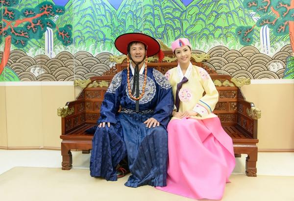Ngọc Hân xinh tươi trong bộ trang phục truyền thống xứ Hàn 4