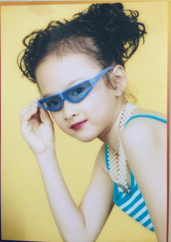 Angela Phương Trinh khoe ảnh sành điệu từ bé 2