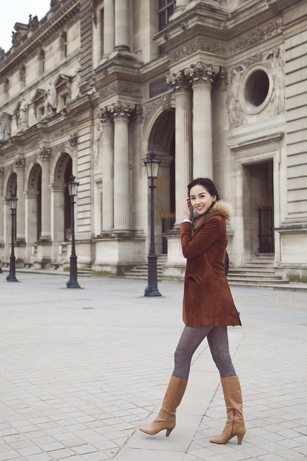 Mai Phương Thúy quyến rũ trên đường phố Paris 4