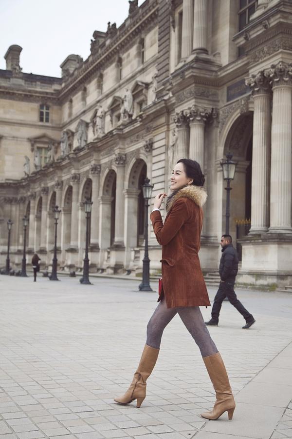 Mai Phương Thúy quyến rũ trên đường phố Paris 7