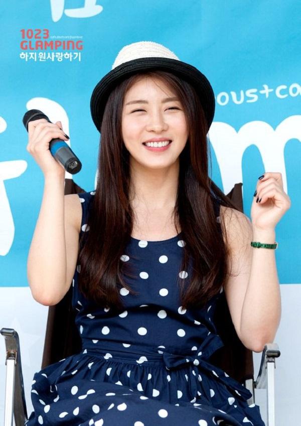 """Học lỏm """"độc chiêu"""" làm đẹp của hoàng hậu Ki Ha Ji Won 3"""