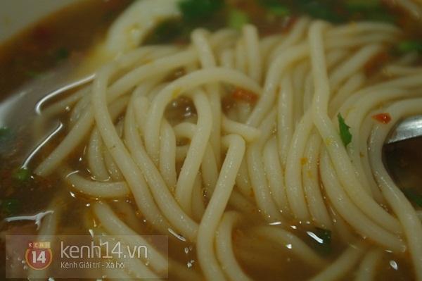 Sài Gòn: Đi ăn bún mắm thơm ngon ở quận 4 17