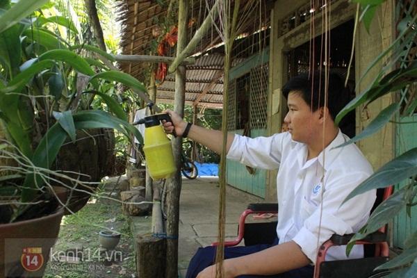 9 năm đương đầu với nghèo khó và bệnh tật của cậu học trò giỏi 6