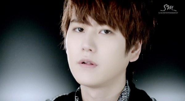 """Henry (SuJu M) """"rủ rê"""" Taemin (SHINee), Kyuhyun (SuJu) vào MV riêng 4"""