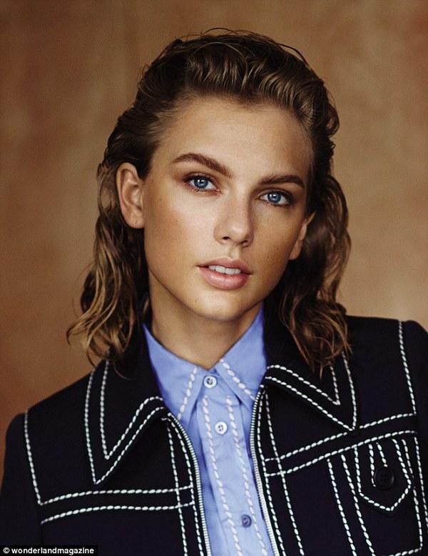 Taylor Swift gây ấn tượng với hình ảnh cổ điển khác lạ 1