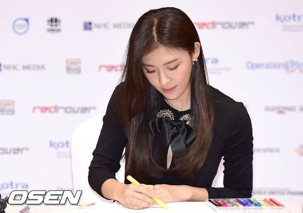 Ha Ji Won tái xuất cực trẻ đẹp sau loạt ảnh bị chê già nua 10