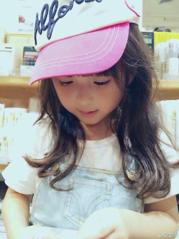 Phát sốt với vẻ đẹp hơn cả thiên thần của sao nhí 5 tuổi 1