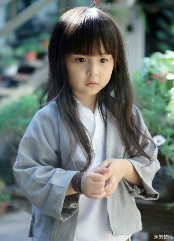 Phát sốt với vẻ đẹp hơn cả thiên thần của sao nhí 5 tuổi 11