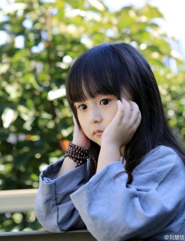 Phát sốt với vẻ đẹp hơn cả thiên thần của sao nhí 5 tuổi 16