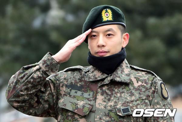 Se7en cực bảnh trai trong ngày xuất ngũ, xin lỗi về scandal 3