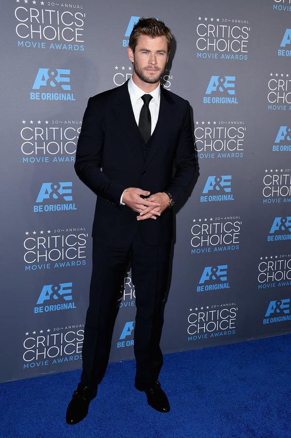 "Angelina Jolie đọ sắc Jennifer Aniston tại ""Critics' Choice Movie Awards"" 8"