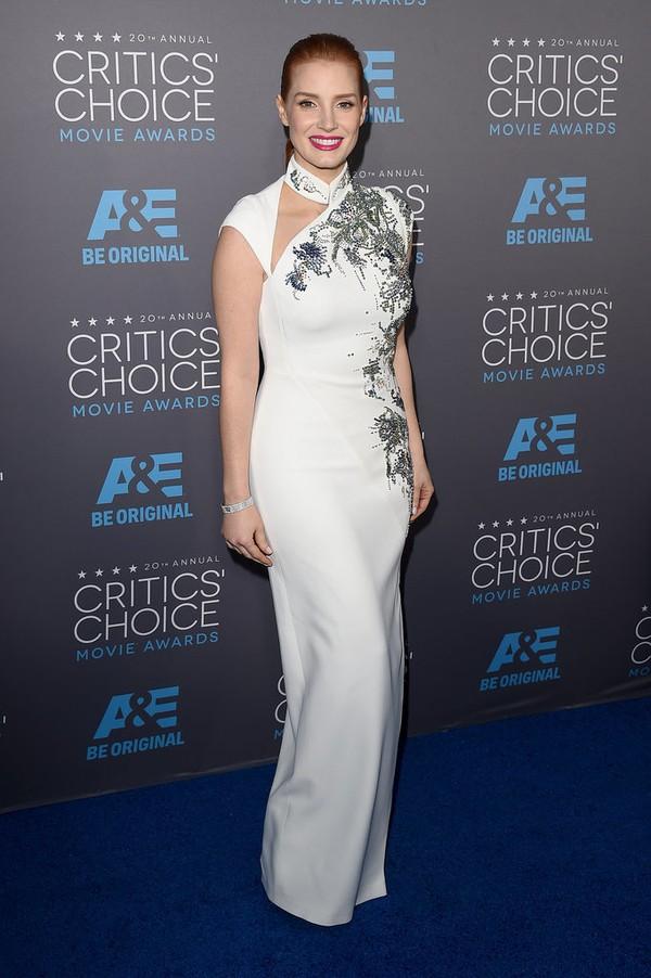 "Angelina Jolie đọ sắc Jennifer Aniston tại ""Critics' Choice Movie Awards"" 17"