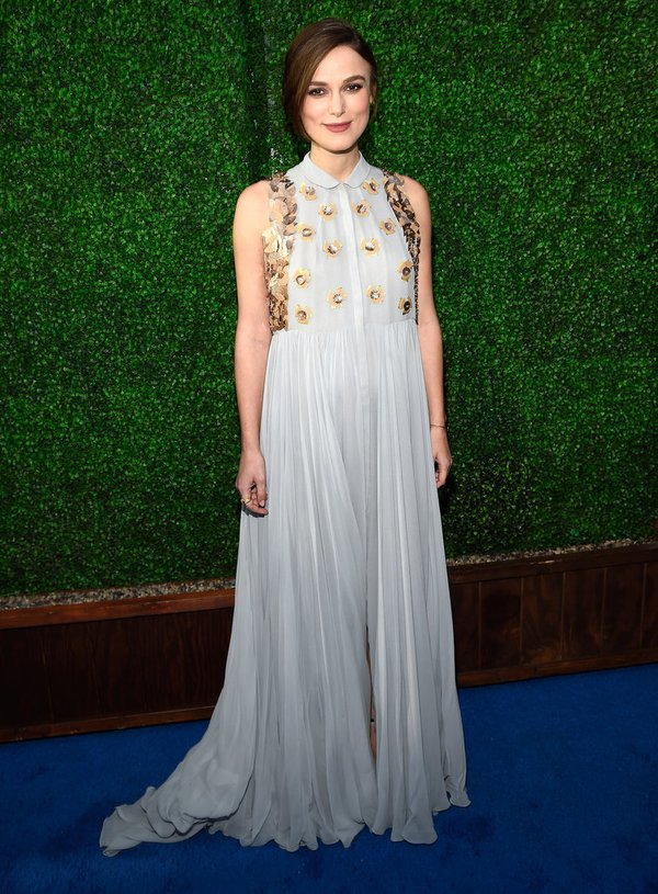 "Angelina Jolie đọ sắc Jennifer Aniston tại ""Critics' Choice Movie Awards"" 18"