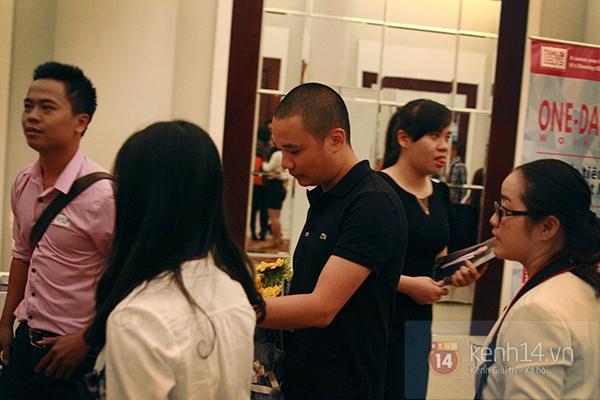 """Nguyễn Hà Đông trở thành tâm điểm chú ý với phần trả lời """"siêu ngắn - siêu cá tính"""" 8"""