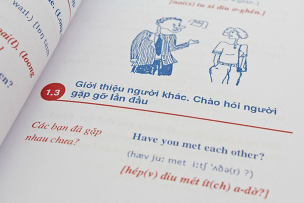 """Dở khóc dở cười với kiểu phiên âm """"thuần Việt"""" trong sách Anh ngữ 5"""