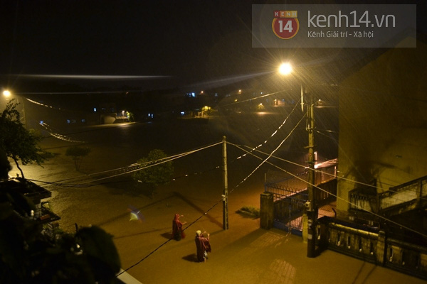 Huế: mưa lớn gây ngập lụt nặng toàn thành phố 6