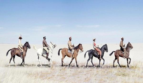 """Thăm bộ tộc châu Phi ăn mặc """"sành điệu"""" như fashionista 4"""