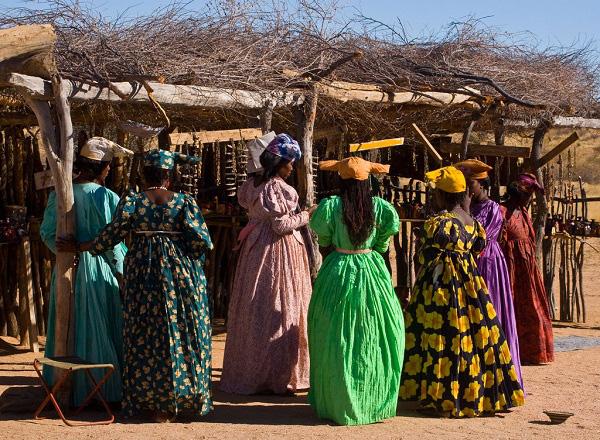 """Thăm bộ tộc châu Phi ăn mặc """"sành điệu"""" như fashionista 7"""