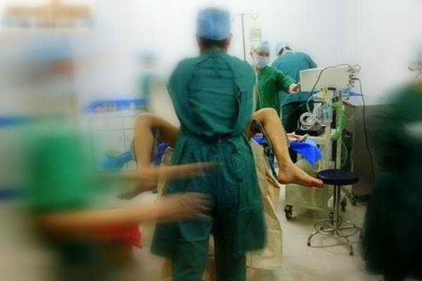 Cận cảnh quá trình phẫu thuật chuyển giới từ nữ sang nam 8