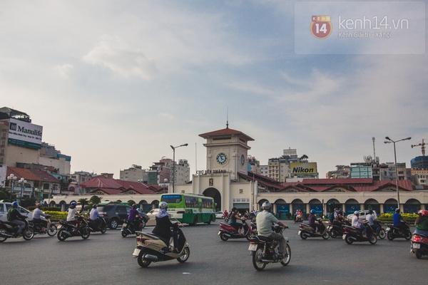 Chùm ảnh: Rộn ràng và tấp nập những khu chợ nổi tiếng Sài Gòn 1