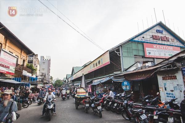 Chùm ảnh: Rộn ràng và tấp nập những khu chợ nổi tiếng Sài Gòn 7