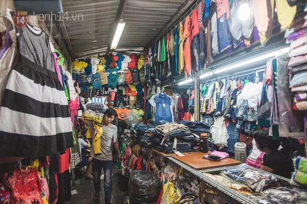 Chùm ảnh: Rộn ràng và tấp nập những khu chợ nổi tiếng Sài Gòn 10