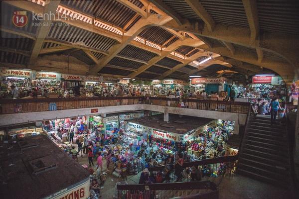 Chùm ảnh: Rộn ràng và tấp nập những khu chợ nổi tiếng Sài Gòn 15