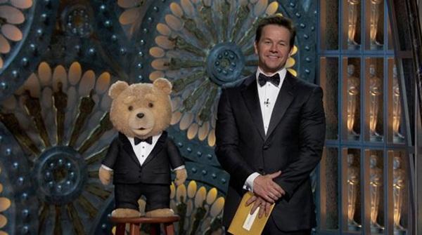 """Khi """"gấu bựa"""" Ted lên sàn Oscar 1"""