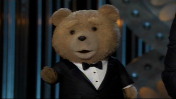 """Khi """"gấu bựa"""" Ted lên sàn Oscar 3"""