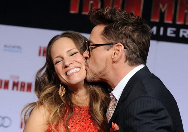 """Màn thân mật gây choáng trên thảm đỏ """"Iron Man 3"""" 2"""