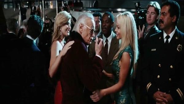 """Những phút """"bá đạo"""" của cha đẻ anh hùng Marvel trên màn ảnh 3"""