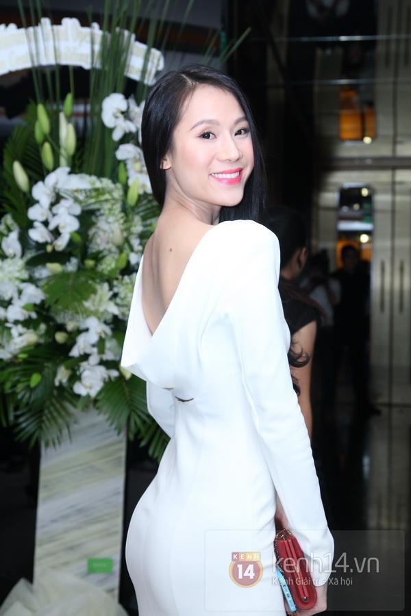 Ngô Thanh Vân khoe vai trần quyến rũ đi sự kiện 4