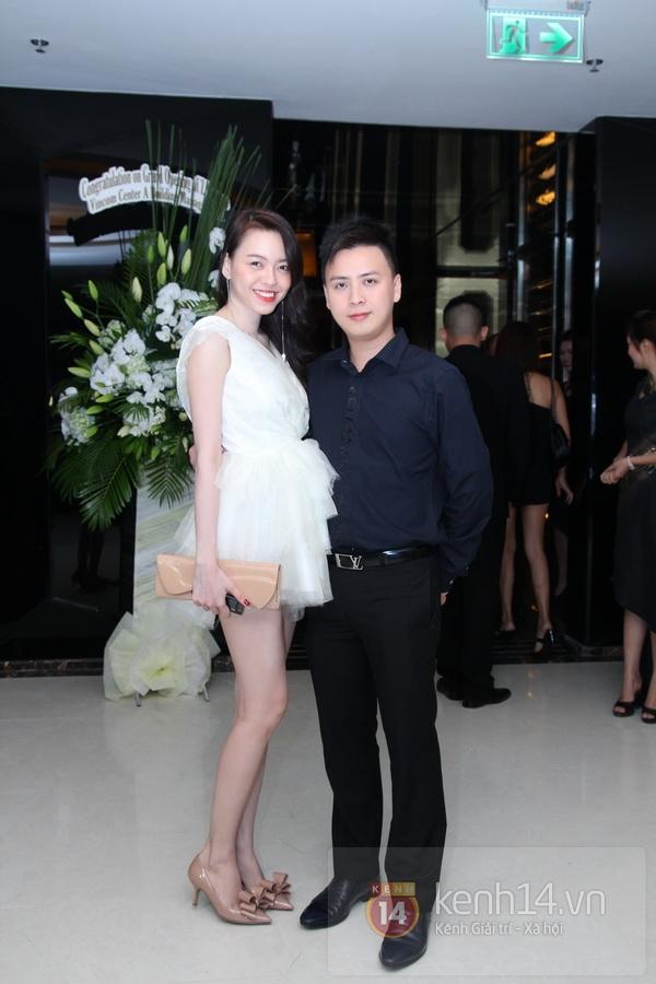 Ngô Thanh Vân khoe vai trần quyến rũ đi sự kiện 5