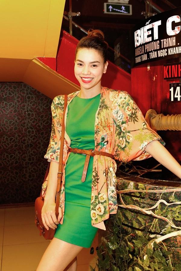 Áo khoác kimono - Xu hướng áo bay bổng, nhẹ bẫng của mùa hè 9