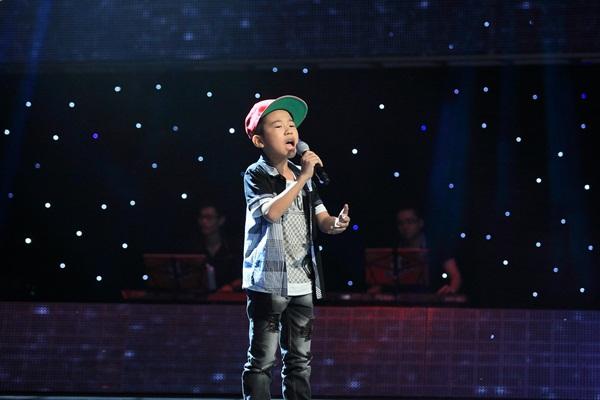 The Voice Kids tập 5: Cậu bé Hip Hop khiến HLV Hiền Thục khóc như mưa 1