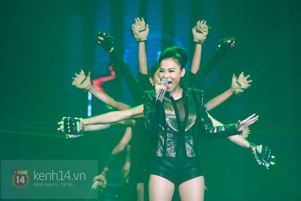 Liveshow để đời của Thu Minh: Vô số điểm nhấn! 19