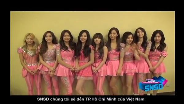 HOT Clip: SNSD rạng rỡ chào fan Việt, BTC trải thảm đó đón sao Hàn ở Tân Sơn Nhất 3