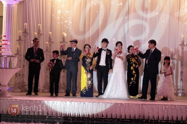 Đám cưới trên hồ lãng mạn của Minh Vương M4U 15
